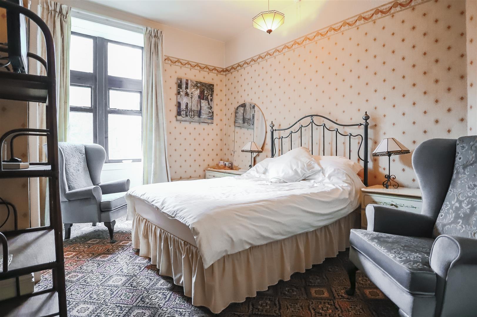 5 Bedroom Detached House For Sale - Image 55